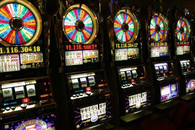 Заходите на ресурс онлайн казино Спин Сити и играйте бесплатно!