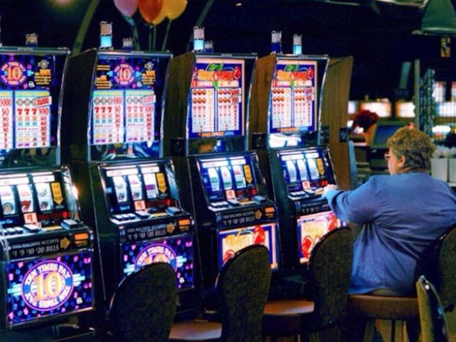 Место острых и незабываемых эмоций —  казино Вулкан 24