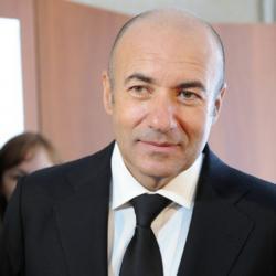 Рустам Минниханов вручил орден «Дуслык» Игорю Крутому