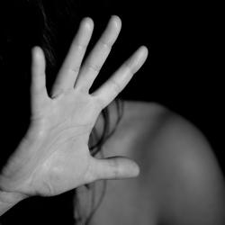 В Татарстане мужчина напал на беременную женщину и она пошла по его следу