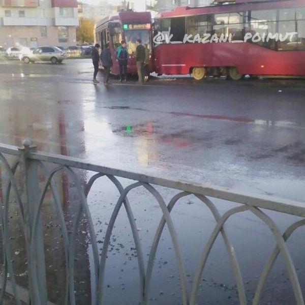 В Казани столкнулись два трамвая (ФОТО)