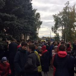 Соцсети: в столице Татарстана эвакуируют еще несколько школ