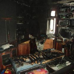 Погибли дедушка и ребенок, которых вынесли из горящей квартиры на Проспекте Победы в Казани
