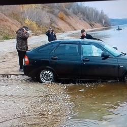 18-летний водитель «Лады» утопил авто в Волге в Татарстане (ФОТО)