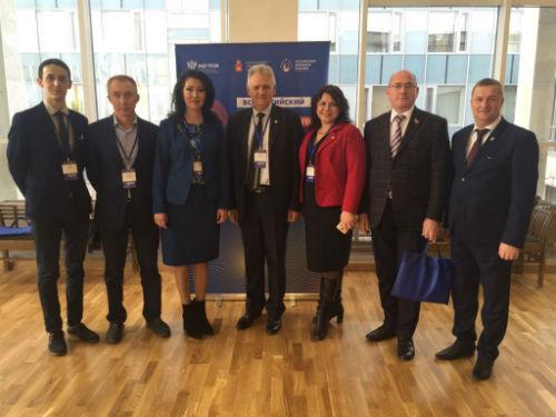 Делегация Татарстана принимает участие во Всероссийском форуме национального единства