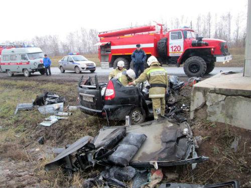Жители Татарстана погибли в ДТП под Самарой (ФОТО)