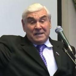 Депутат Госдумы Фатих Сибагатуллин пожаловался на инспекторов ГИБДД, которые перестали уважать народных избранников