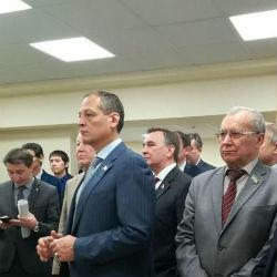 Депутаты Госдумы провели утреннюю зарядку в Казани
