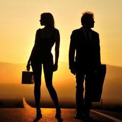 Одинокие женщины счастливее холостых мужчин