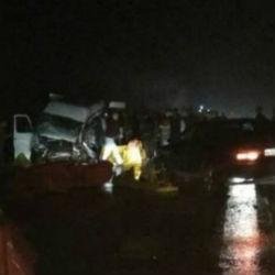 Девять человек погибли при столкновении автобуса с лесовозом в Марий Эл
