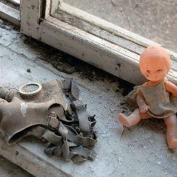 В Татарстане женщина с ребенком живут в пожарном проходе (ВИДЕО)