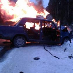 Двое сотрудников ГИБДД во время погони попали в аварию и сгорели в машине