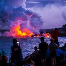 Около 300 российских туристов не могут покинуть Бали из-за извержения вулкана