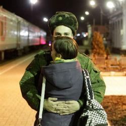 Жительница Татарстана недоумевает, почему отправка в армию проходит в полной темноте