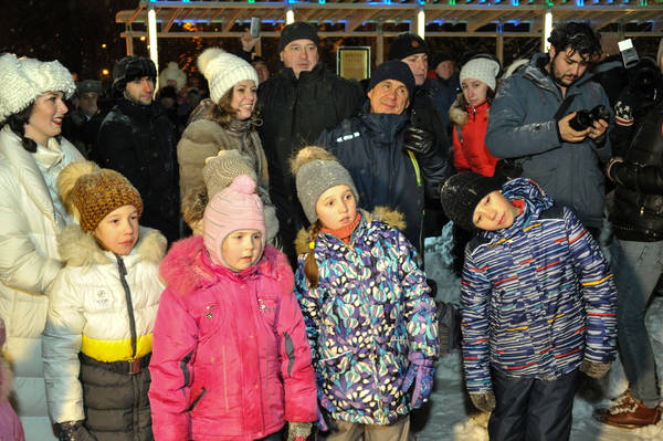 Минниханов покатался на коньках в парке «Черное озеро» (ФОТО)