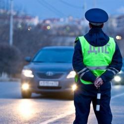 Госавтоинспекция Татарстана предупреждает водителей о гололедице