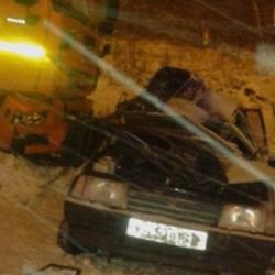 Студенты из Казани разбились в ДТП, врезавшись в КамАЗ