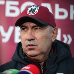 Курбан Бердыев: Во многих командах есть задержки с зарплатой