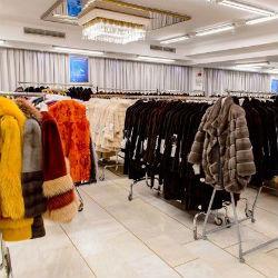Холодное время, горячие цены. Что невыгодно покупать зимой?