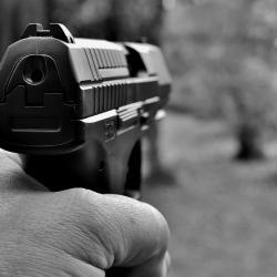 В Казани застрелили мужчину в подъезде дома
