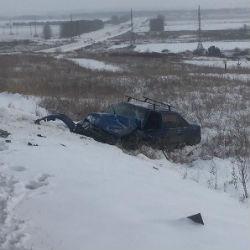 В результате ДТП в Татарстане пассажирский автобус оказался в кювете (ФОТО)