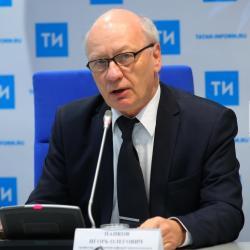 Травматологи Татарстана призвали запретить катание детей на ледянках и «плюшках»