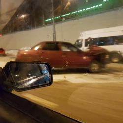 Появилось ВИДЕО: в Татарстане пьяный водитель на «десятке» влетел в маршрутку с людьми