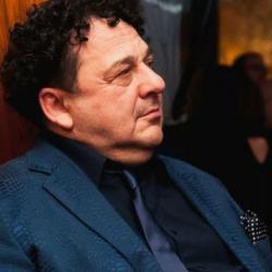 Саруханов назвал исполненную Пугачевой песню плагиатом: Я до сих пор в трансе