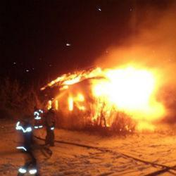 Трагедия: на пожаре в Татарстане погибли два ребенка и их отец
