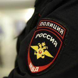 В Татарстане двое парней со скалкой и игрушечным пистолетом напали на магазин