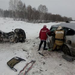 Шесть человек погибли и трое пострадали в ДТП в Новосибирской области