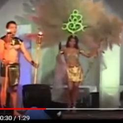 Прямо на сцене загорелся наряд на участнице конкурса красоты (ВИДЕО)