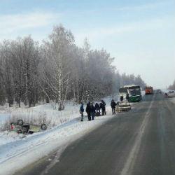 В ДТП с рейсовым автобусом в Татарстане пострадали люди (ФОТО)