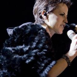 Солистка The Cranberries Долорес О'Риордан планировала записать вокал для новой версии Zombie