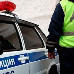 В Нижнекамске гаишники спасли пенсионеров из горящей квартиры