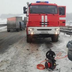 В ДТП с участием большегруза на трассе Москва – Уфа погиб один человек (ФОТО, ВИДЕО)