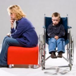 Правительство РФ повысило размеры пособий для граждан с детьми и инвалидов