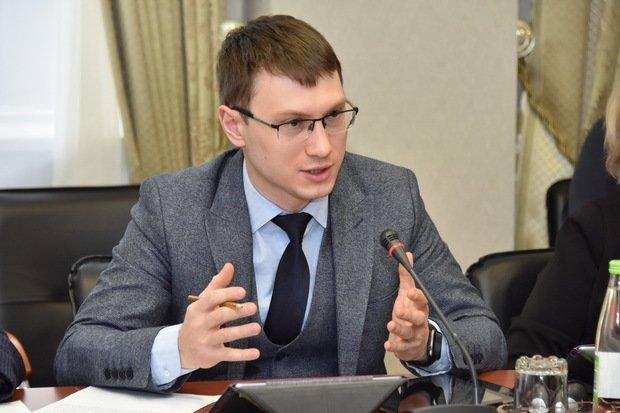 «Если пресса жива, она должна приходить вовремя»: госСМИ против «Почты России»