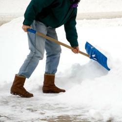 Власти призвали казанцев помочь в уборке дворов от снега