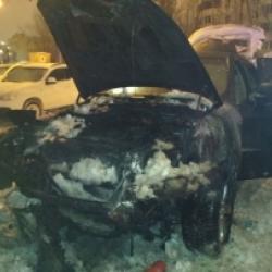 В Казани ночью сгорел BMW X6 (ВИДЕО)