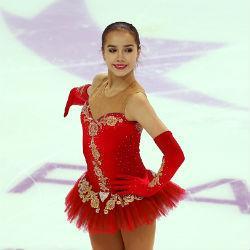 Алина Загитова выиграла произвольную программу. Россия завоевала серебро
