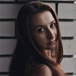 Рустам Минниханов поручил оказать помощь семье Екатерины Насыровой, погибшей в катастрофе Ан-148