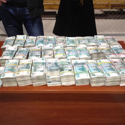 Бывшую сотрудницу службы по контролю за оборотом наркотиков в Татарстане осудили за присвоение вещдоков