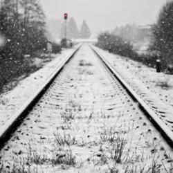 В Высокогорском районе поезд насмерть сбил студента