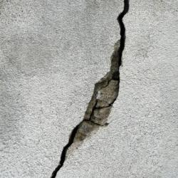 В Татарстане на 60-летнего сварщика упала бетонная плита. Мужчина умер