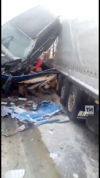 Появилось ВИДЕО смертельной аварии на трассе М7 под Казанью