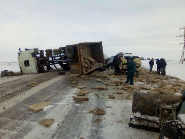 Жуткое ДТП в Татарстане: грузовик раздавил водителя и пассажира «Лады» (ФОТО)