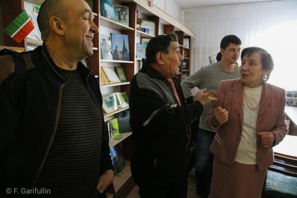 В Центральной библиотеке Набережных Челнов состоялась творческая встреча с актерами театра Камала (ФОТО)