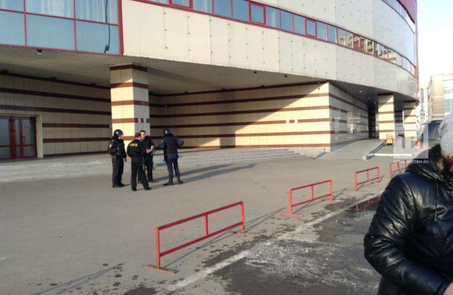 В Казани эвакуируют торговый центр «Тандем» (ФОТО, ВИДЕО)