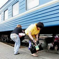 В Татарстане охранник поезда из Башкирии погиб при попытке пролезть под вагоном